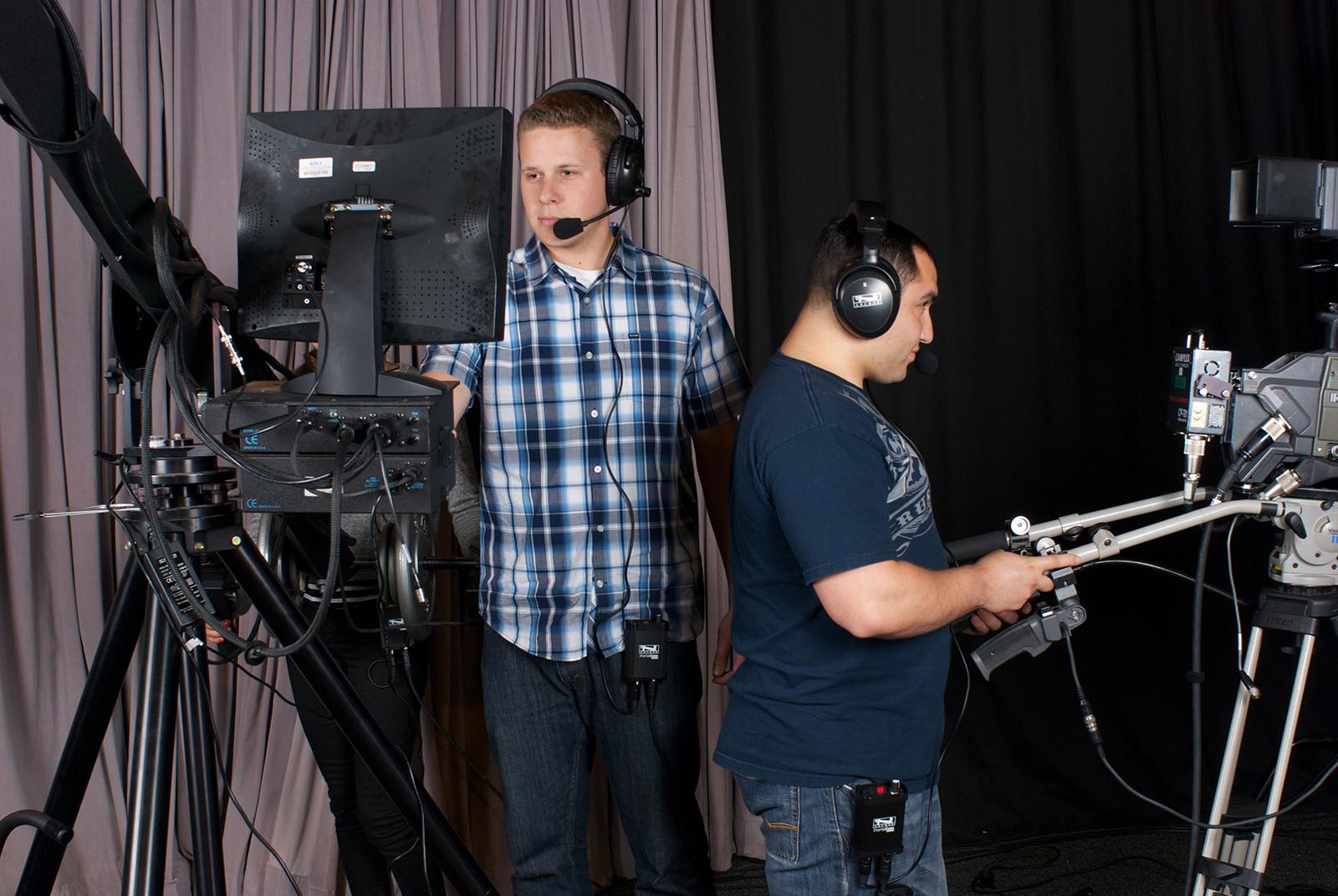 PortaCom-BroadcastStudio